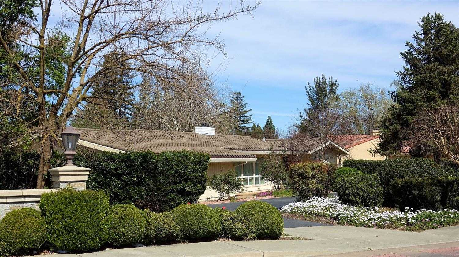 $868,000 - 3Br/3Ba -  for Sale in El Macero