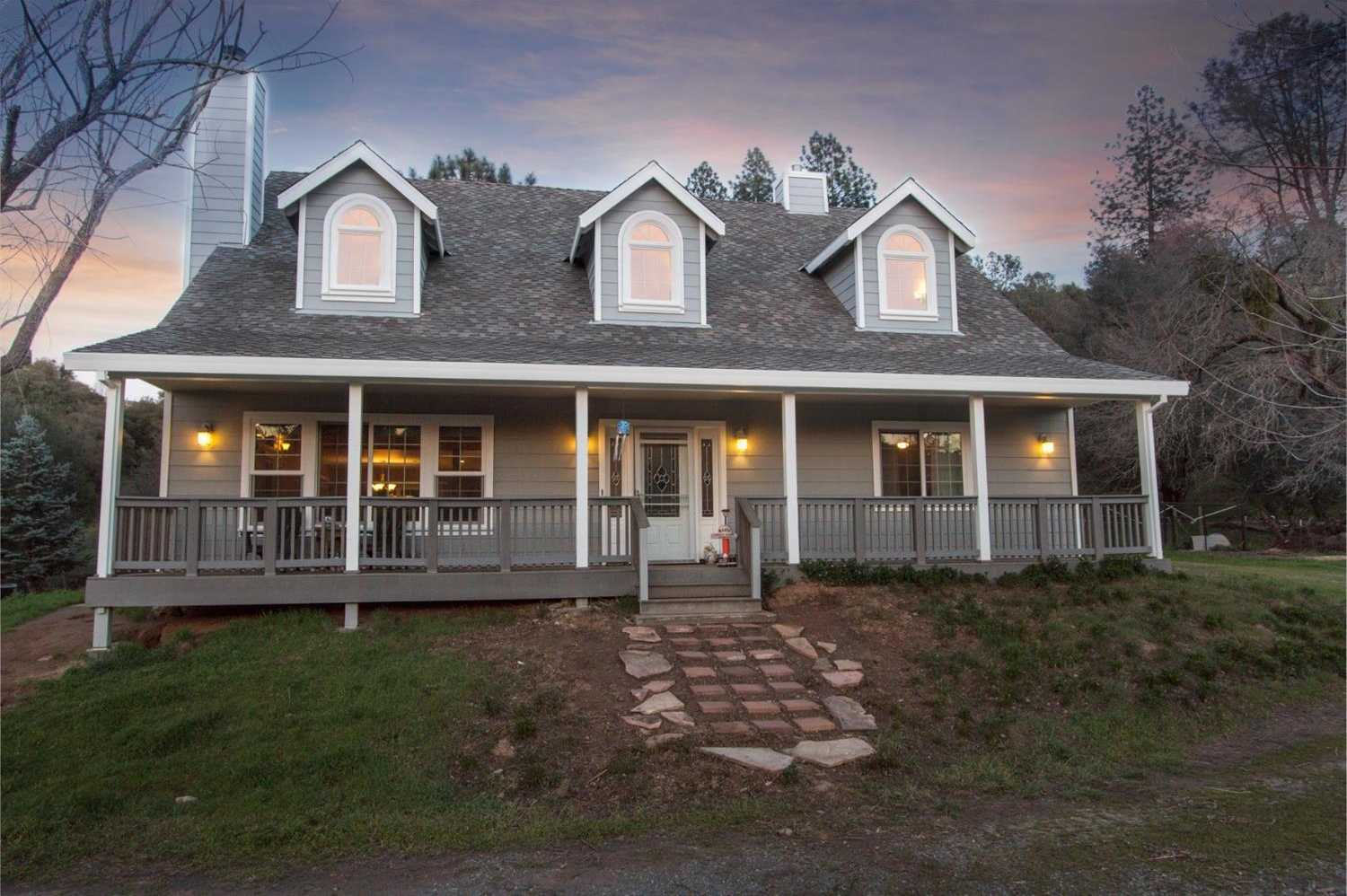 $574,000 - 3Br/3Ba -  for Sale in Placerville