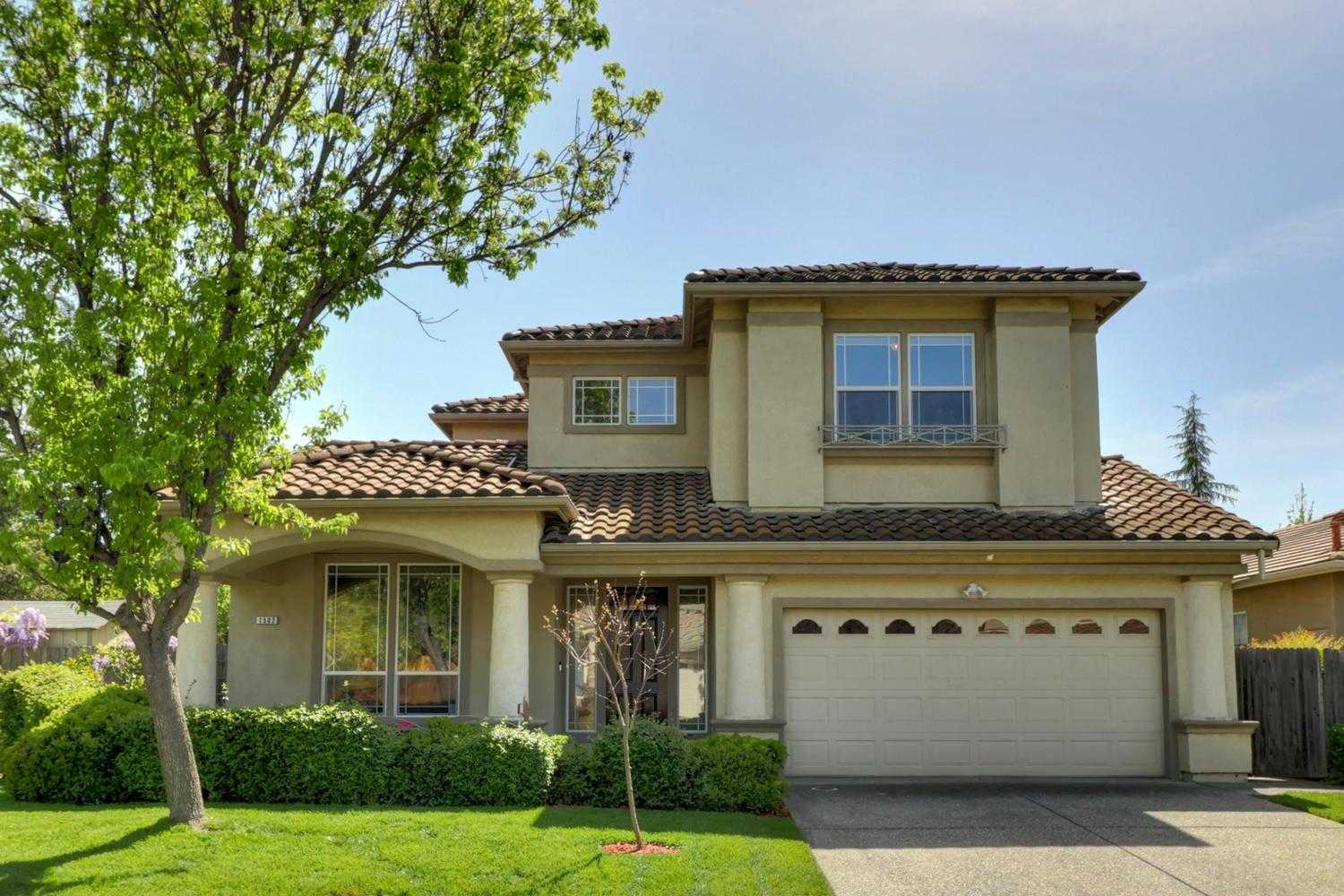 $989,000 - 5Br/3Ba -  for Sale in Evergreen, Davis
