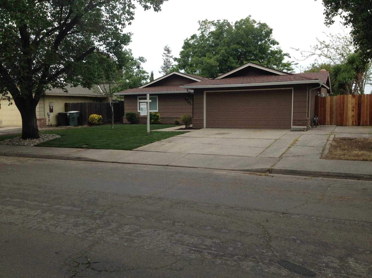 $295,000 - 3Br/2Ba -  for Sale in Modesto