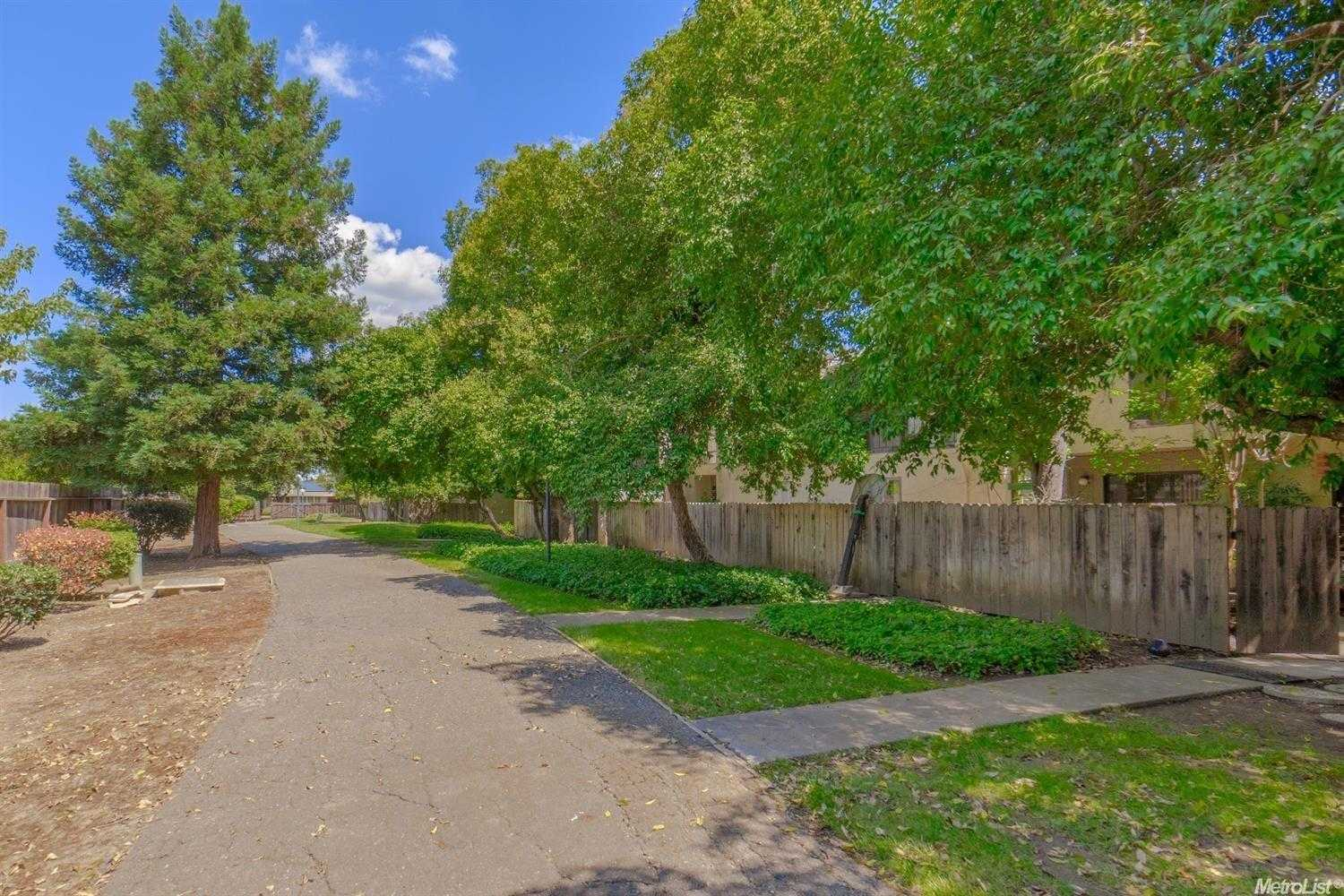 $380,000 - 2Br/2Ba -  for Sale in Davis