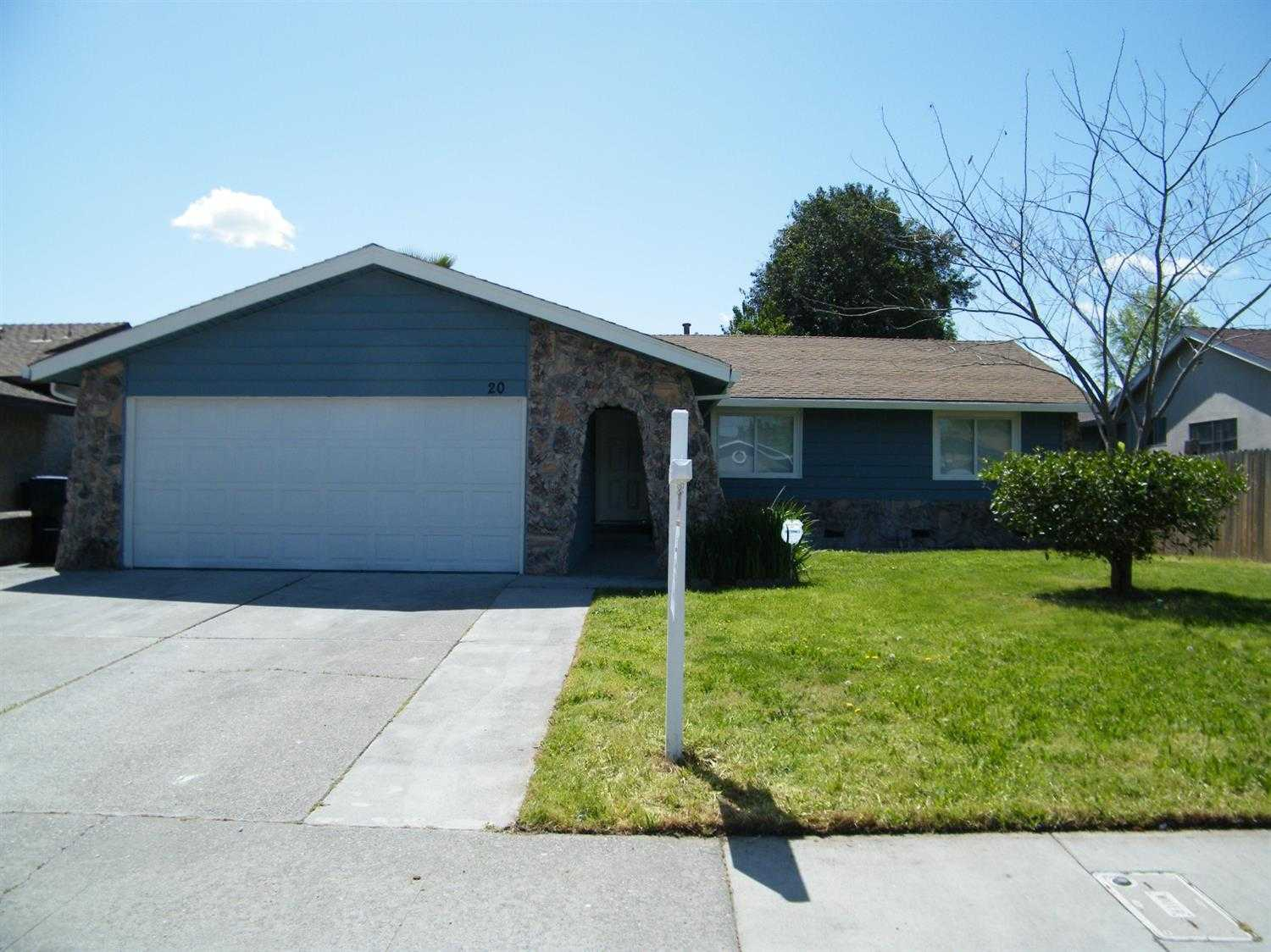 $295,000 - 4Br/2Ba -  for Sale in Sacramento