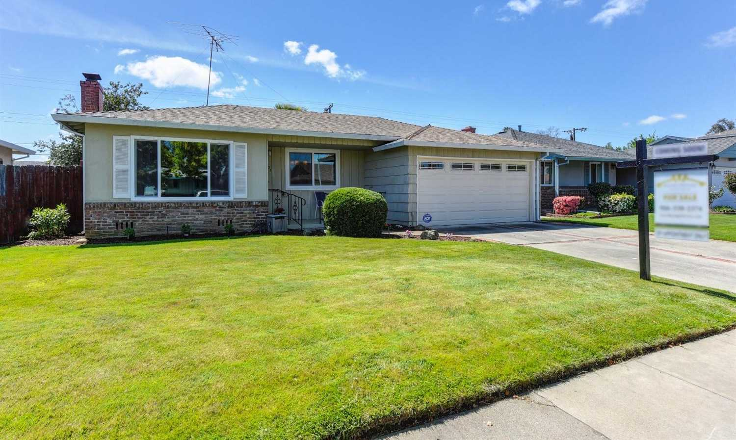 $295,000 - 3Br/2Ba -  for Sale in Sacramento