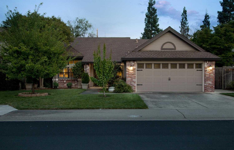 $482,500 - 3Br/2Ba -  for Sale in Blue Ravine Oaks, Folsom