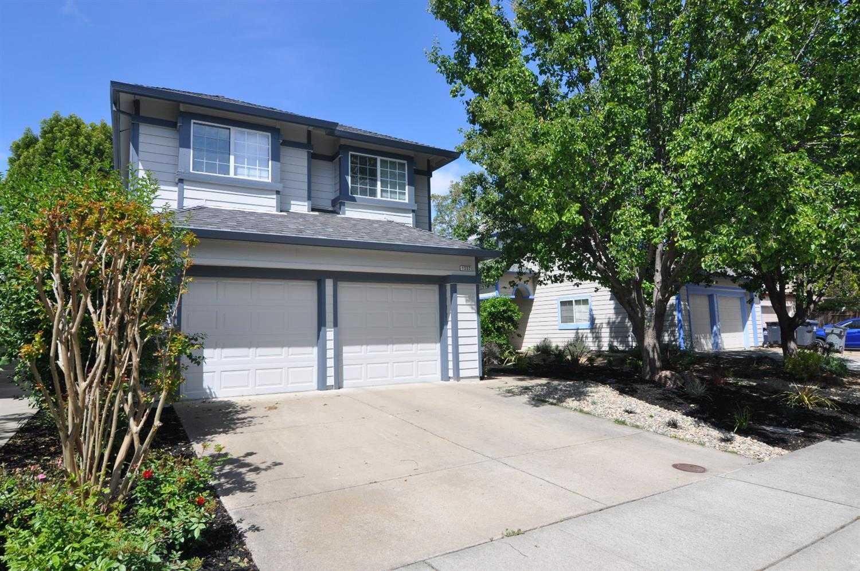 $585,000 - 3Br/3Ba -  for Sale in Davis