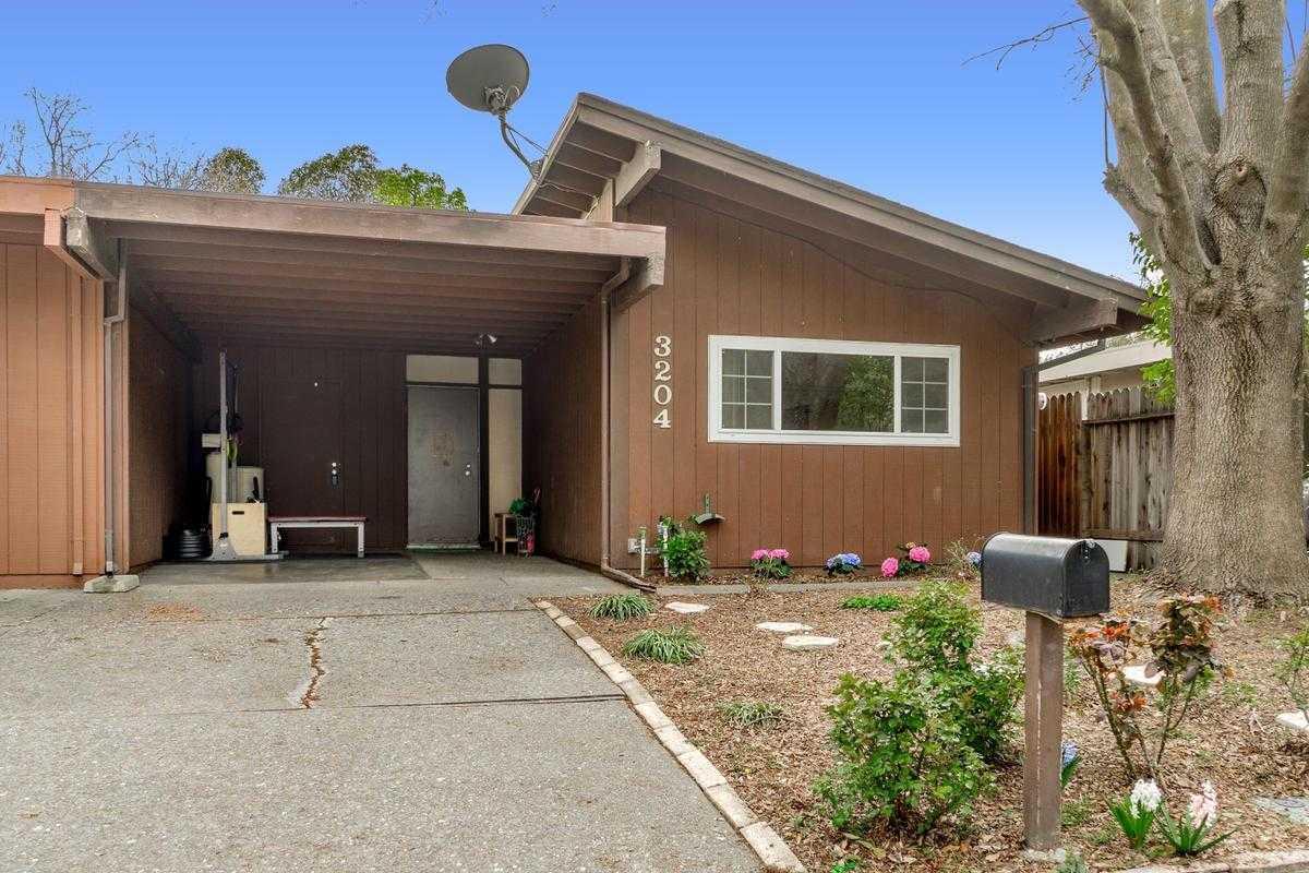 $459,000 - 2Br/1Ba -  for Sale in Stonegate, Davis
