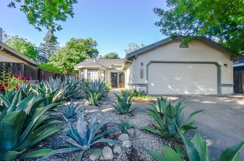 $590,000 - 3Br/2Ba -  for Sale in Davis