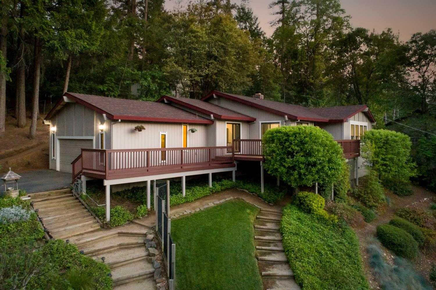 $639,900 - 4Br/5Ba -  for Sale in Placerville
