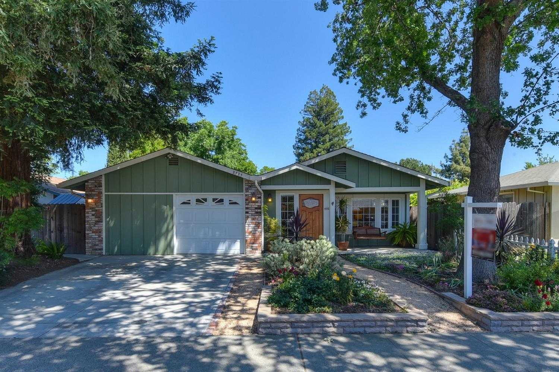 $699,500 - 3Br/2Ba -  for Sale in Davis