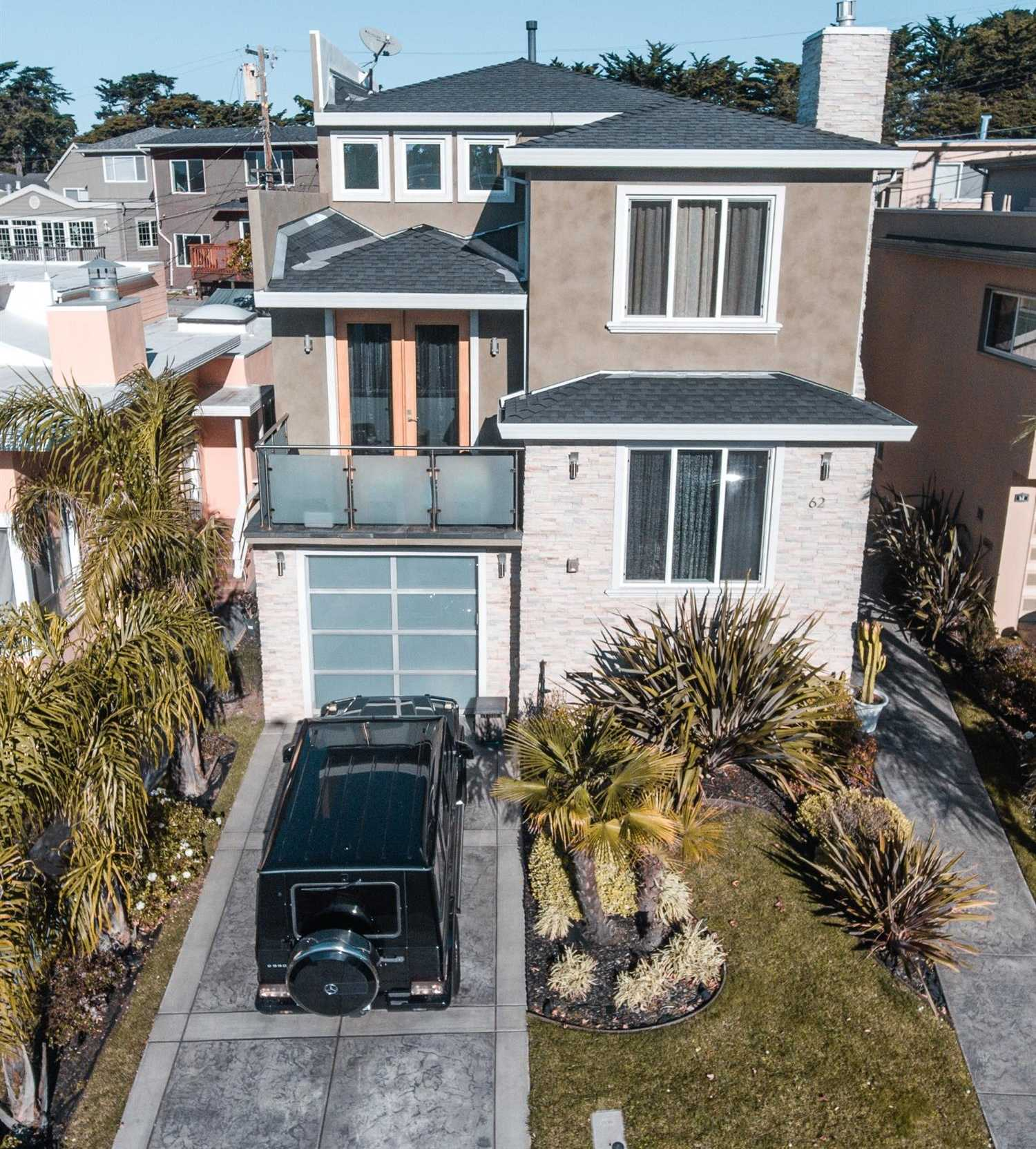 $2,499,000 - 4Br/4Ba -  for Sale in Daly City