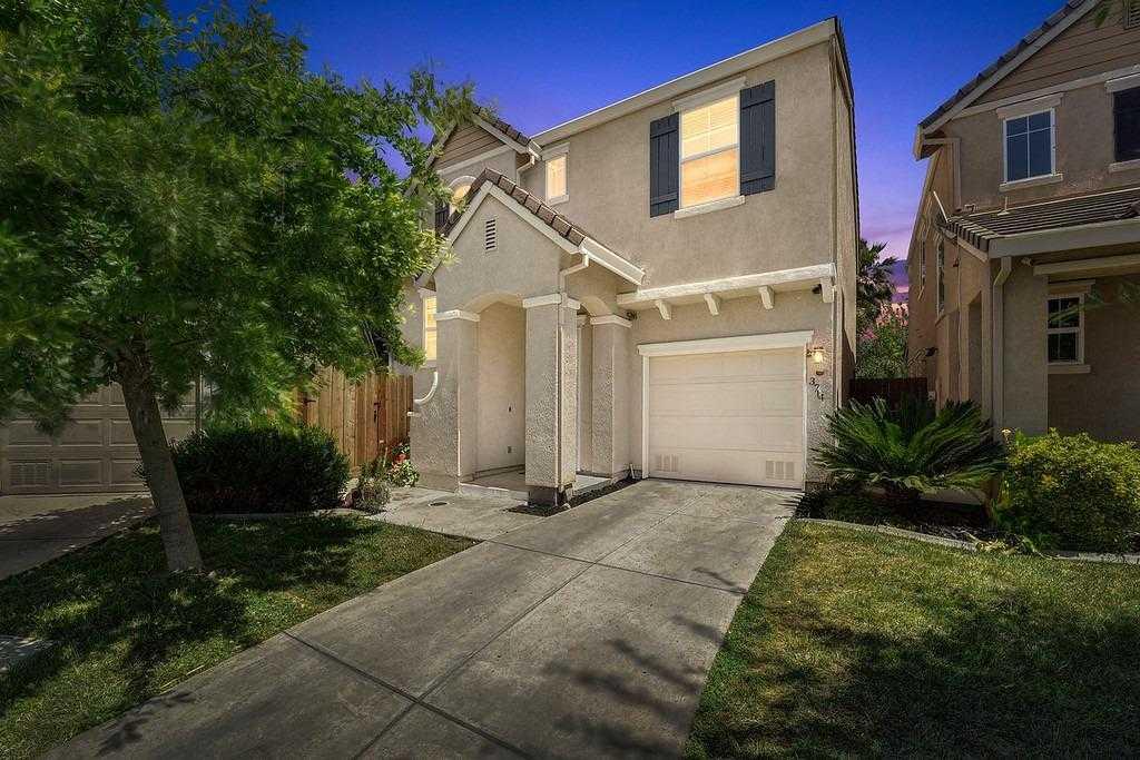 $334,900 - 3Br/3Ba -  for Sale in Sacramento
