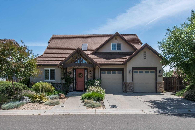 $879,000 - 4Br/4Ba -  for Sale in Davis