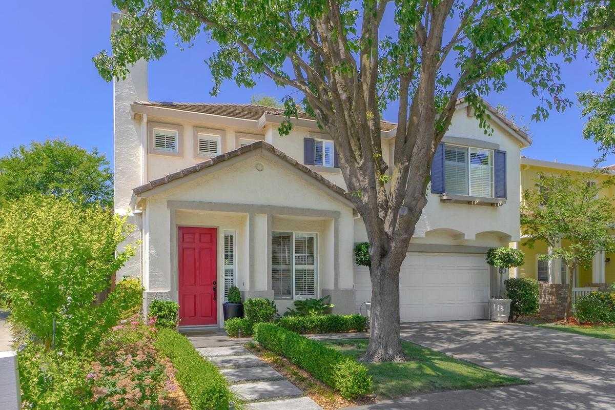 $675,000 - 3Br/3Ba -  for Sale in Davis