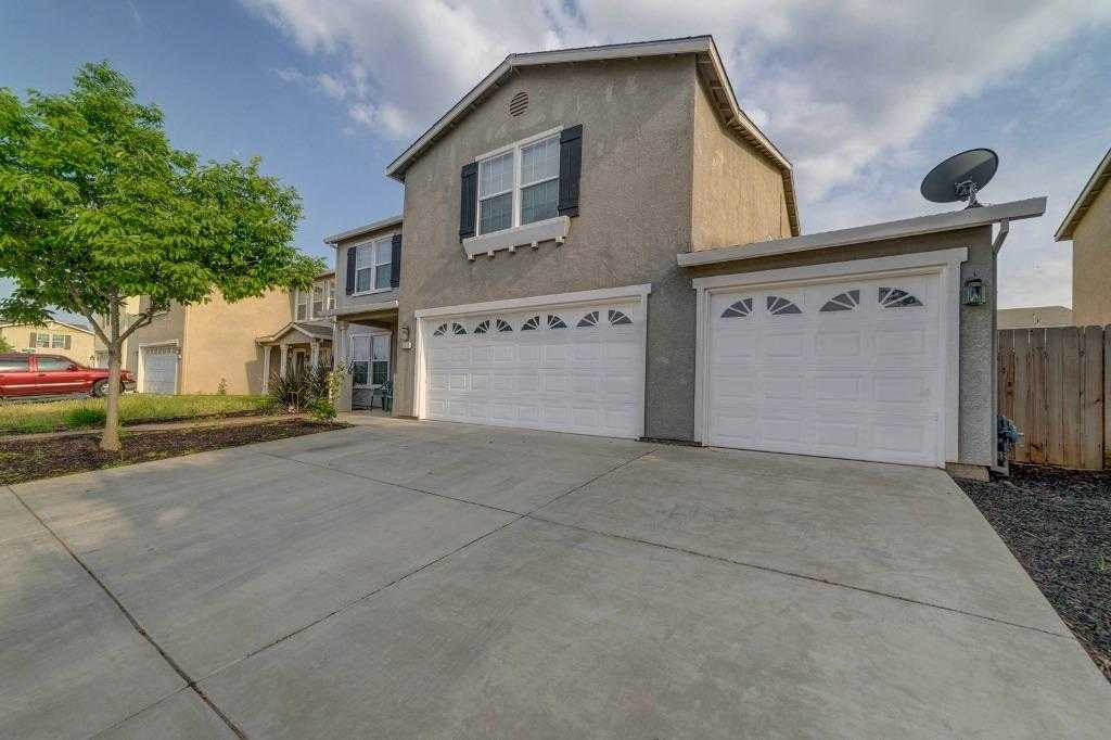 $334,900 - 4Br/3Ba -  for Sale in Merced