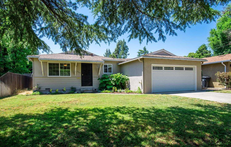 $535,000 - 3Br/2Ba -  for Sale in Davis Manor, Davis