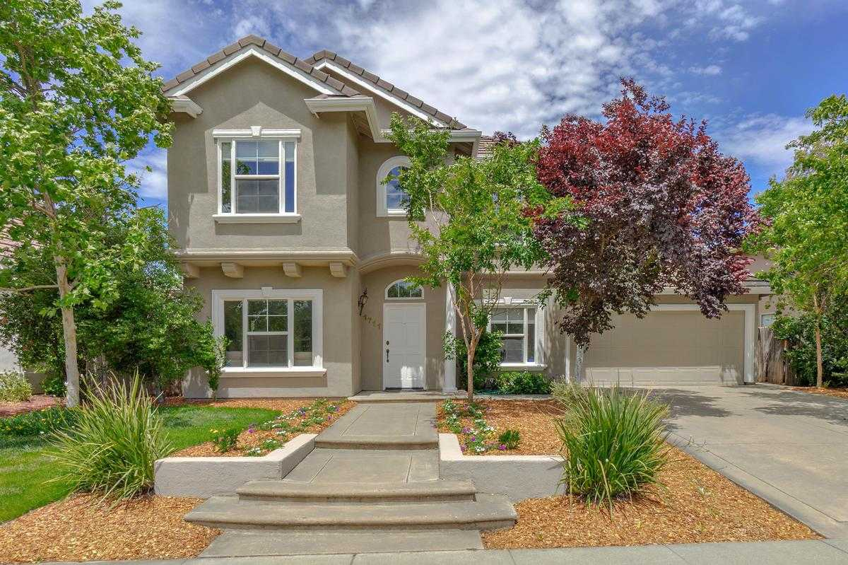 $895,000 - 4Br/4Ba -  for Sale in Evergreen,