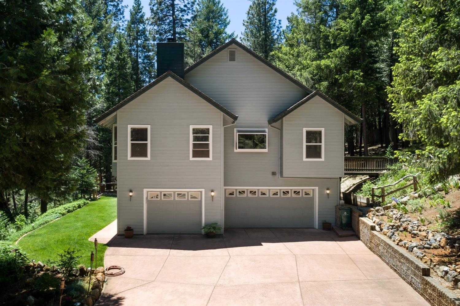 $799,900 - 5Br/4Ba -  for Sale in Pollock Pines