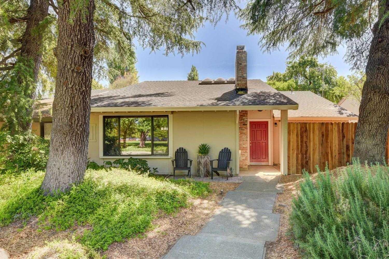 $675,000 - 3Br/2Ba -  for Sale in Stonegate, Davis