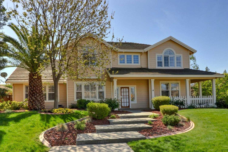 $1,145,000 - 4Br/3Ba -  for Sale in Lake Alhambra Estates, Davis