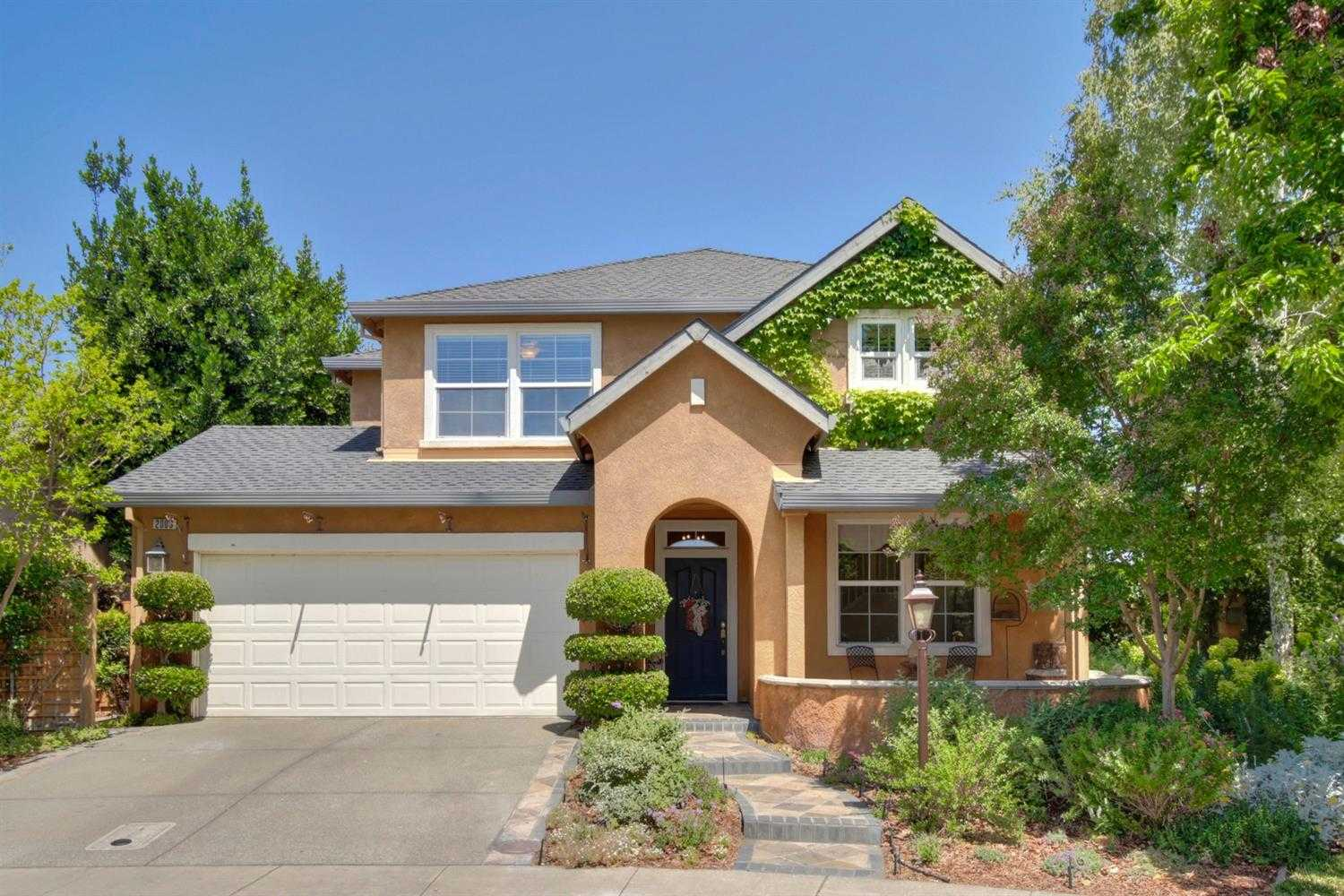 $955,000 - 3Br/3Ba -  for Sale in Wildhorse, Davis