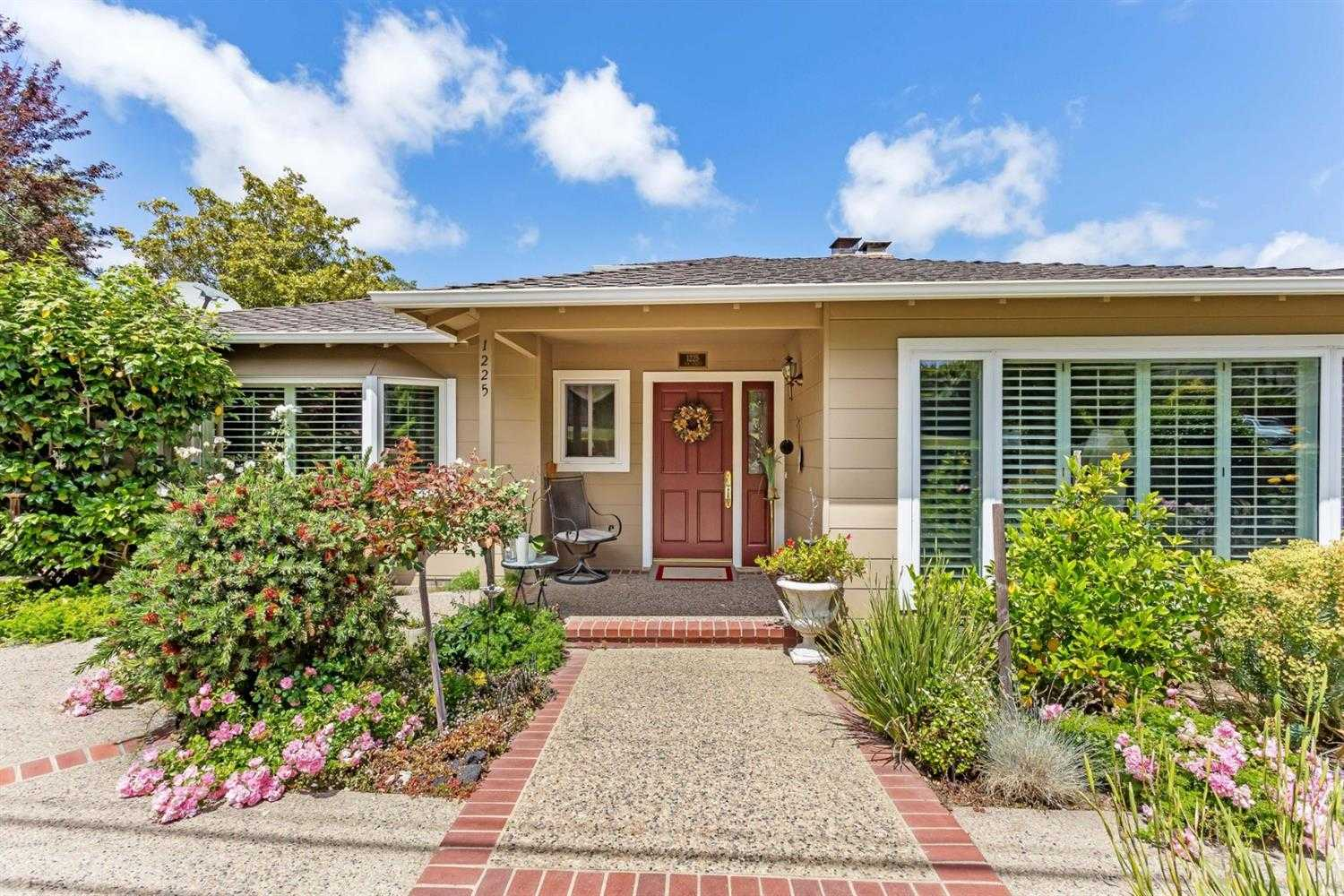 $2,550,000 - 4Br/4Ba -  for Sale in Vernon Terrace, San Mateo