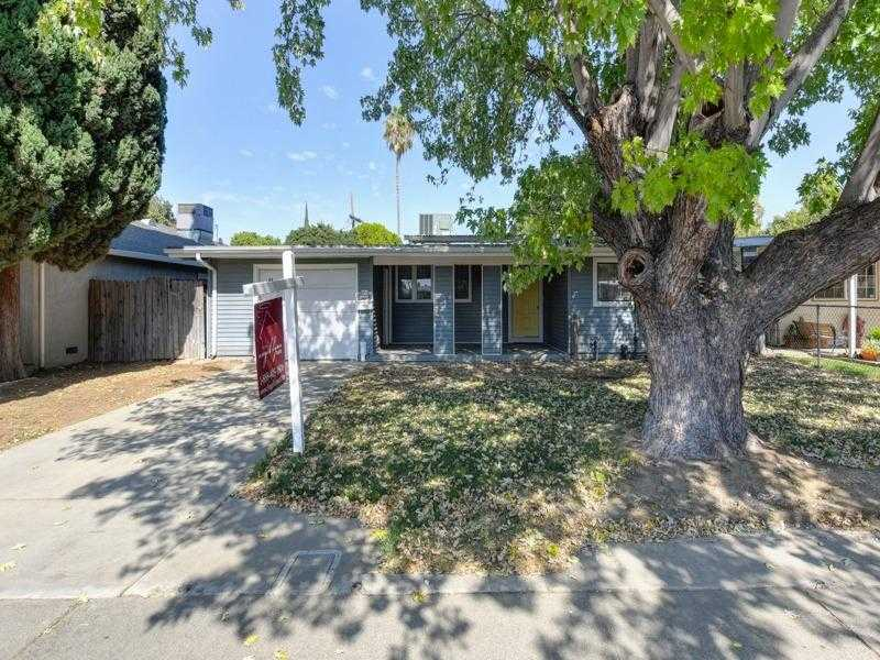 $319,900,000 - 3Br/2Ba -  for Sale in West Sacramento