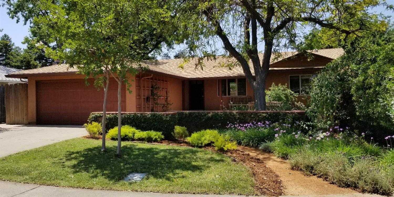 $670,000 - 4Br/2Ba -  for Sale in Davis