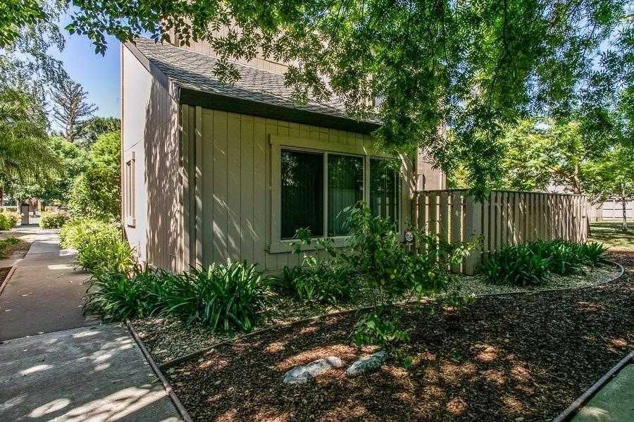 $485,000 - 3Br/2Ba -  for Sale in Casa Del Oro, Davis
