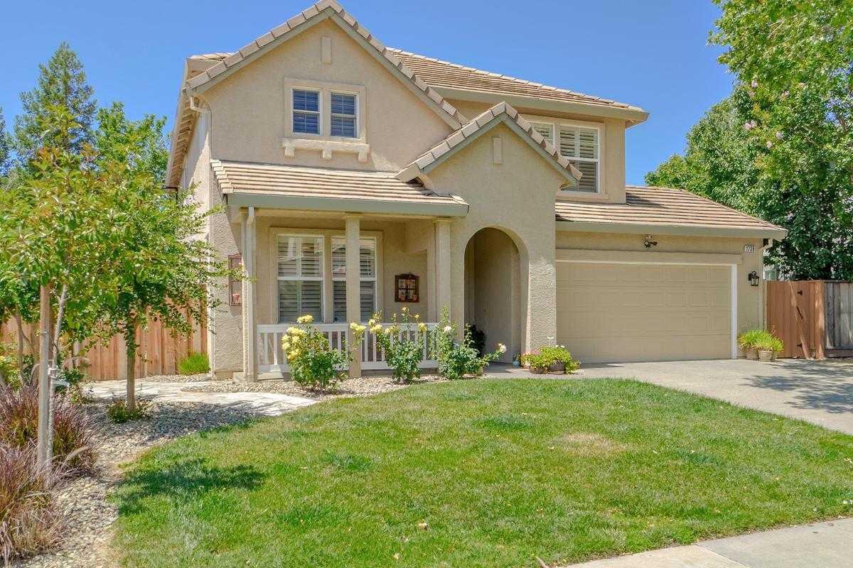 $989,000 - 5Br/3Ba -  for Sale in Evergreen, Davis