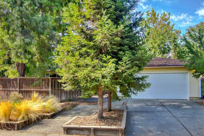 $689,000 - 3Br/2Ba -  for Sale in Davis