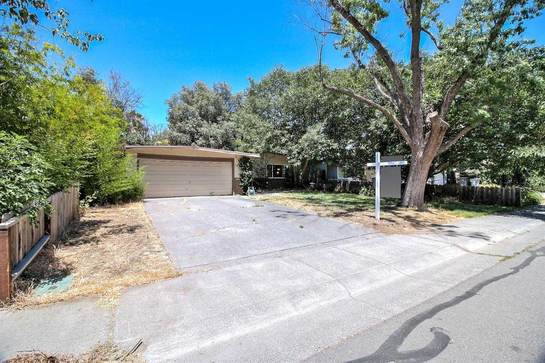 $519,900 - 3Br/2Ba -  for Sale in Davis
