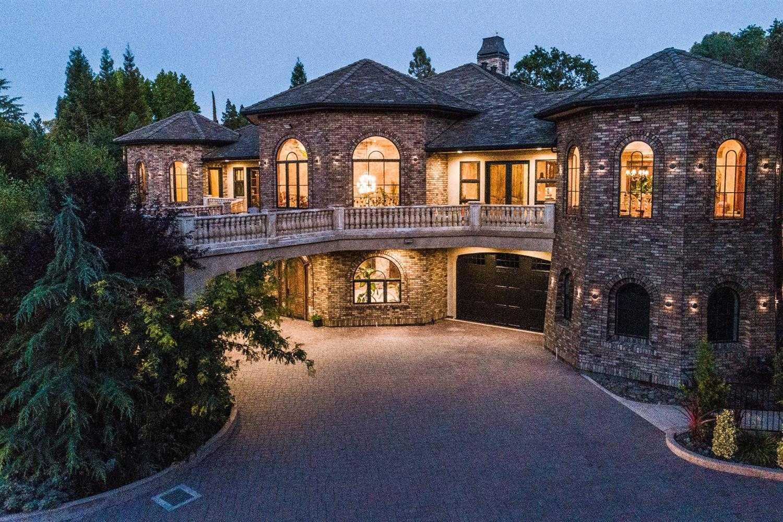 $2,500,000 - 4Br/6Ba -  for Sale in Sacramento