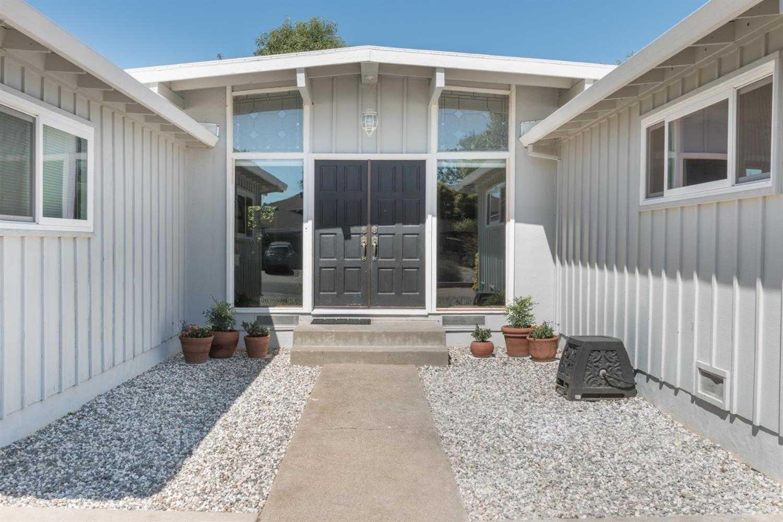 $499,000 - 4Br/2Ba -  for Sale in El Dorado Hills