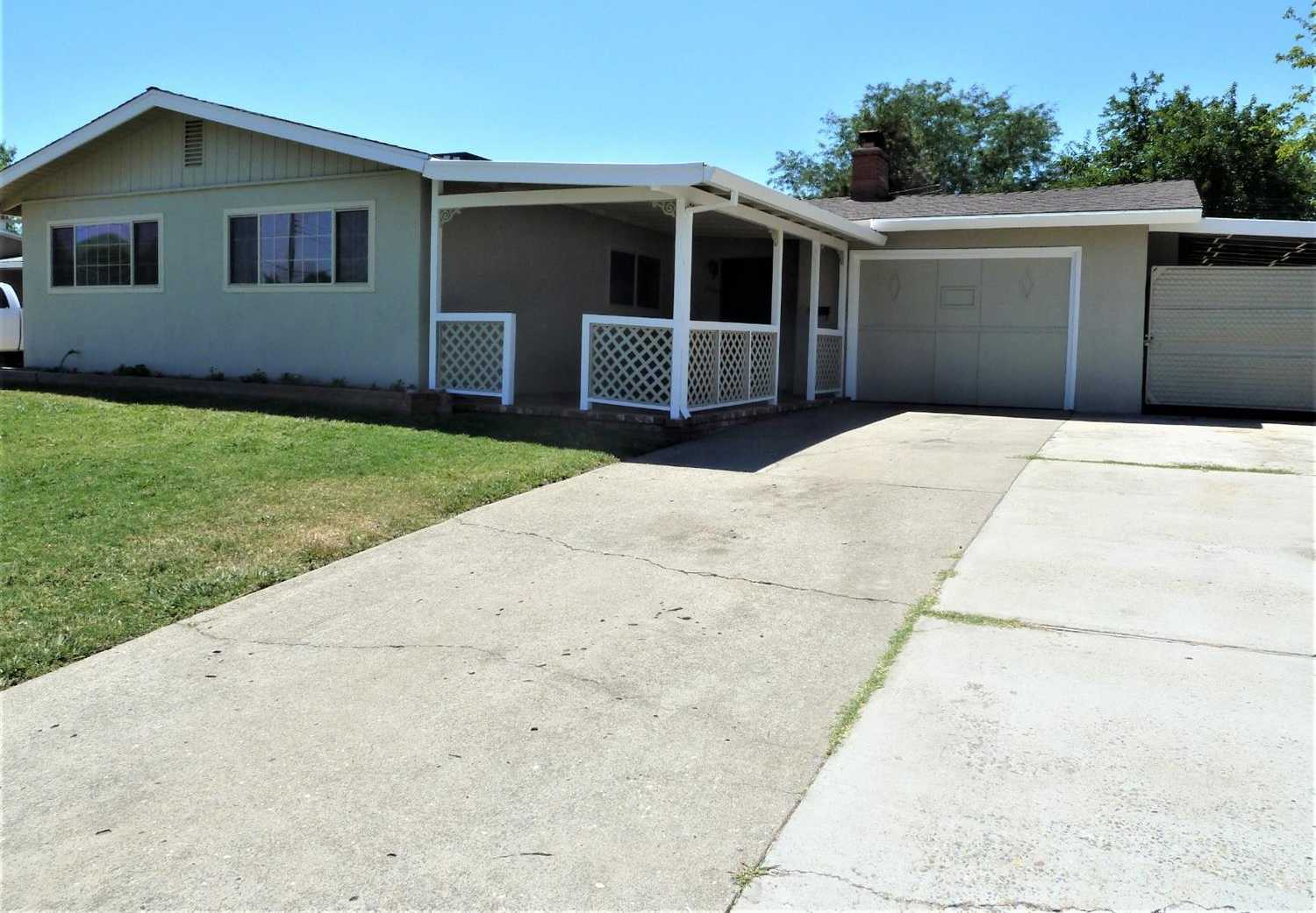 $259,900 - 3Br/1Ba -  for Sale in Grand Oaks, Citrus Heights