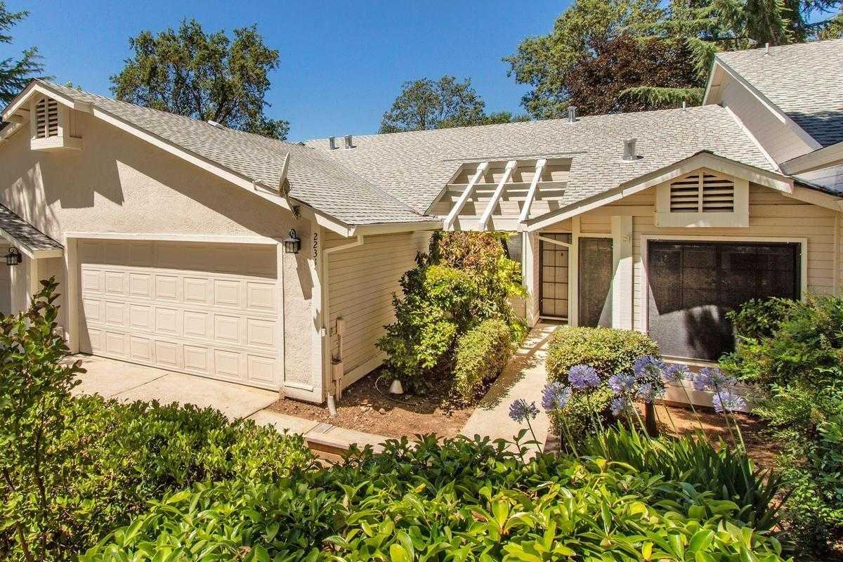 $279,000 - 2Br/2Ba -  for Sale in Auburn Country Villa, Auburn