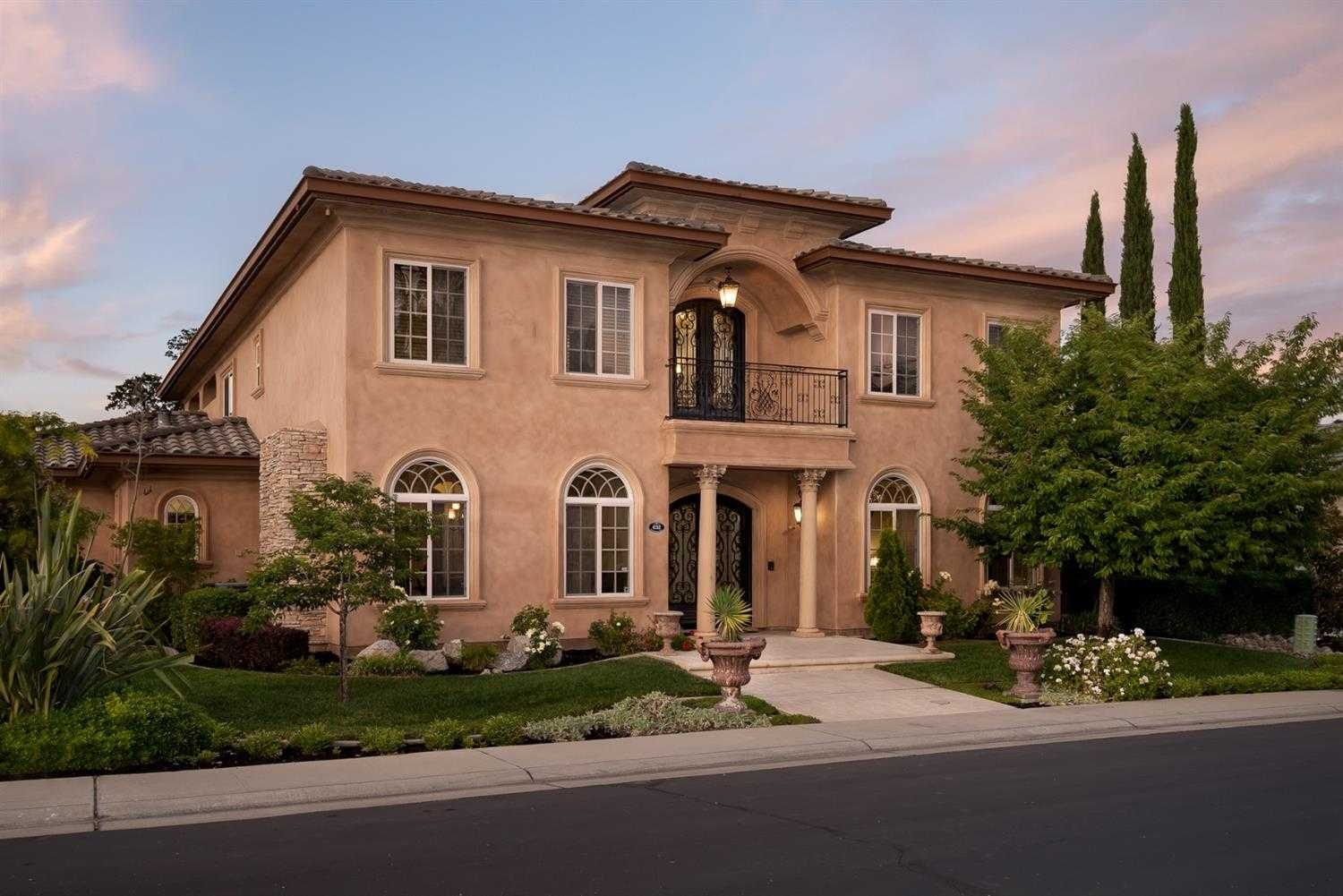 $1,079,000 - 5Br/4Ba -  for Sale in Hillcrest, Folsom