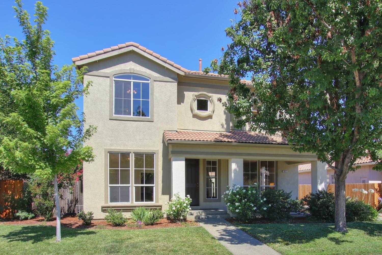 $829,000 - 4Br/3Ba -  for Sale in Evergreen, Davis