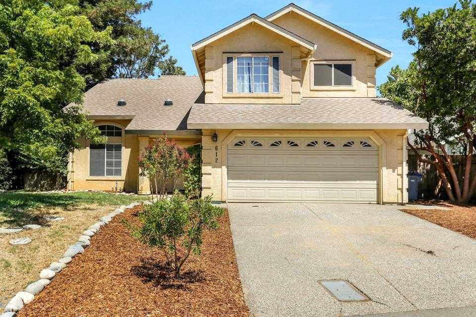$650,000 - 4Br/3Ba -  for Sale in Davis