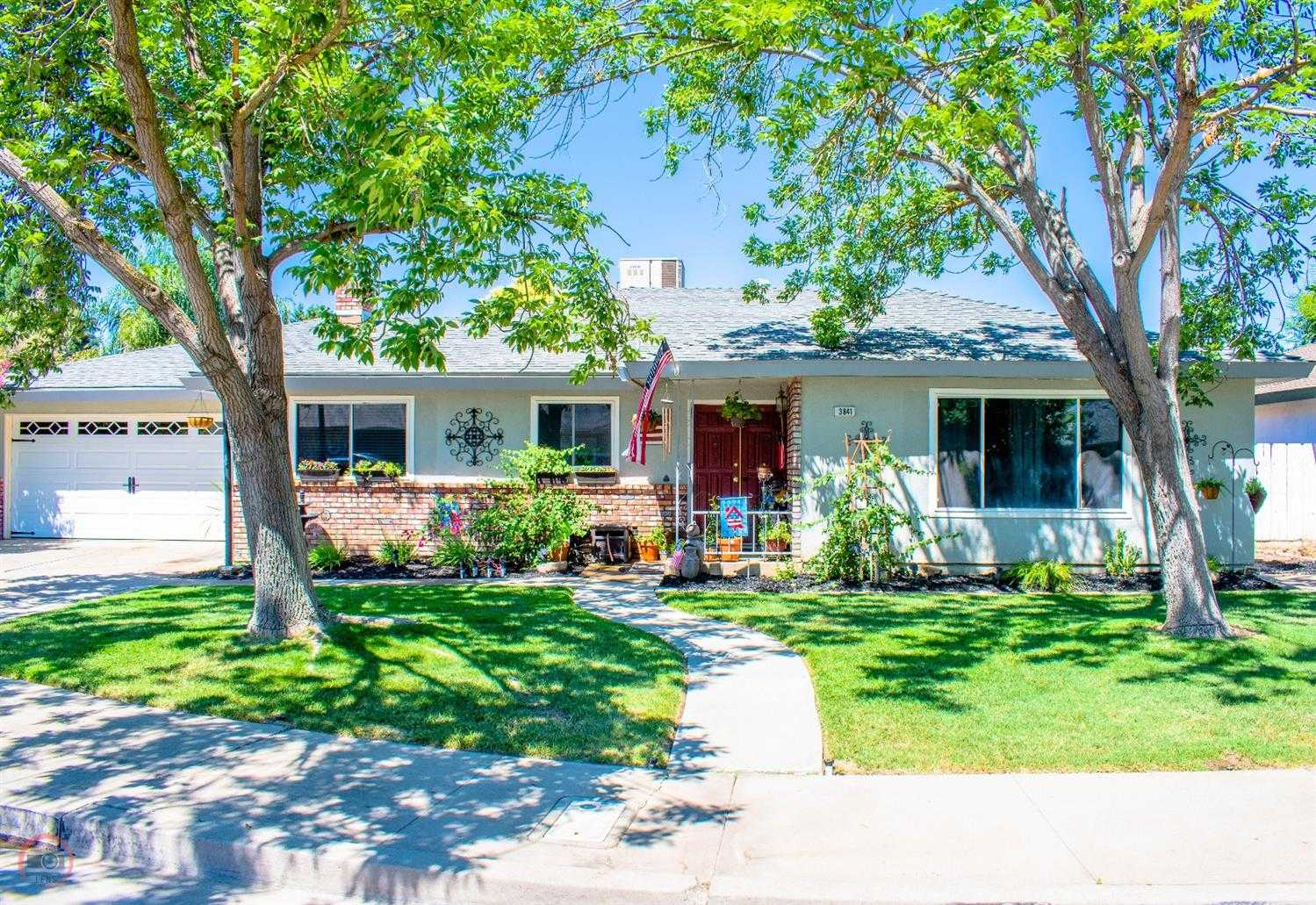 $289,000 - 3Br/2Ba -  for Sale in Merced