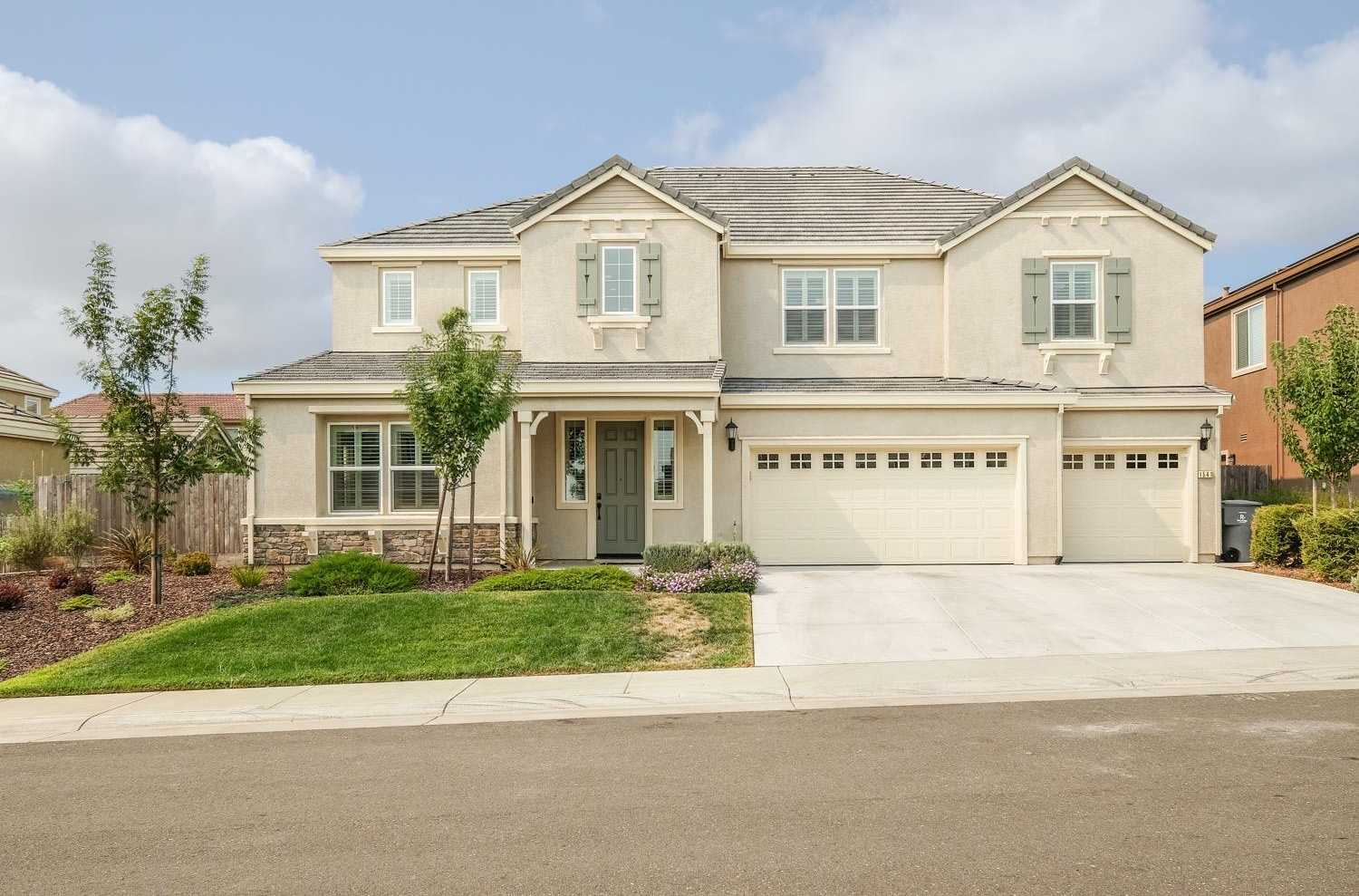 1541 Rochester Way Rocklin, CA 95765