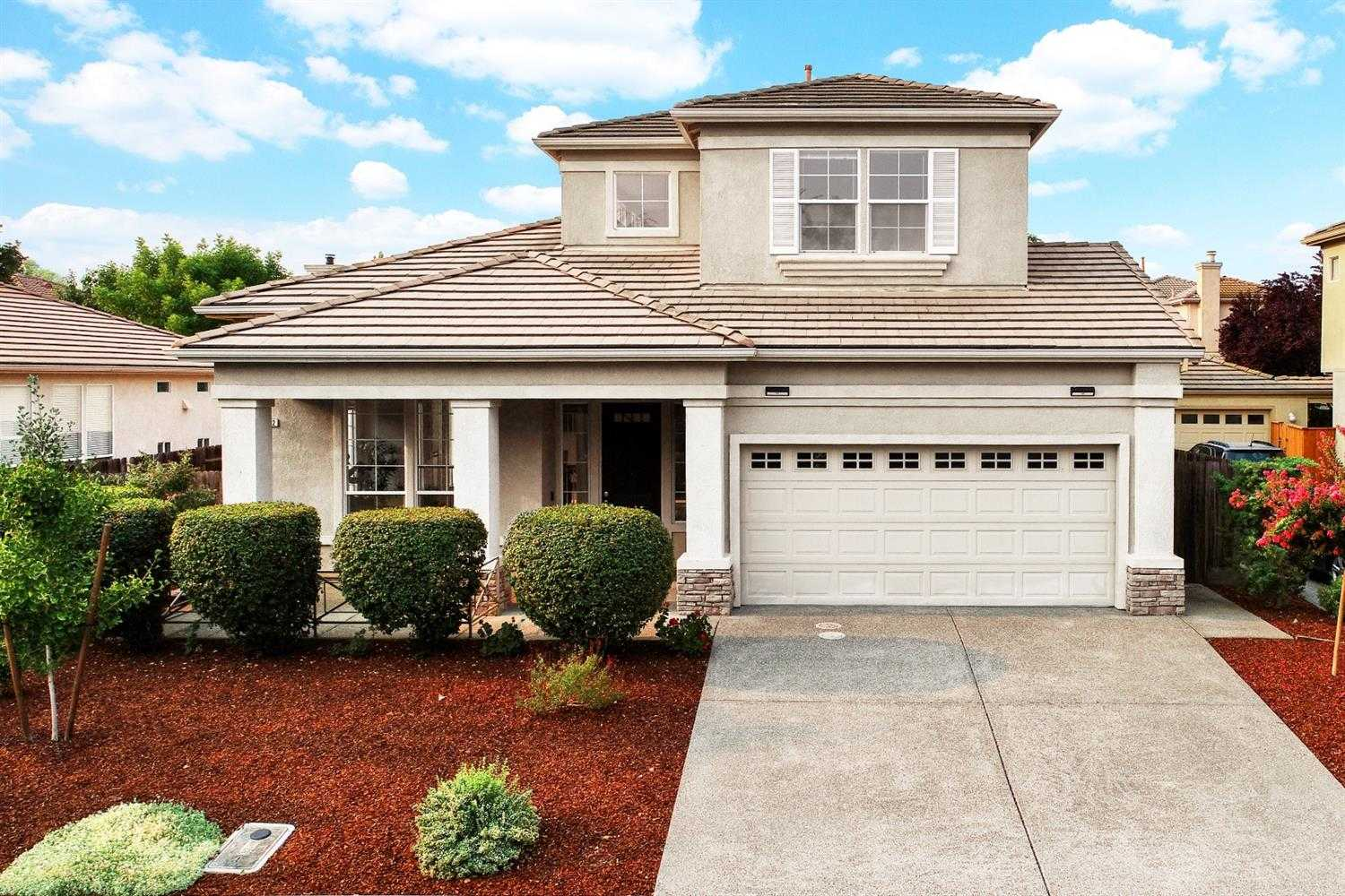 $960,000 - 4Br/3Ba -  for Sale in Evergreen, Davis
