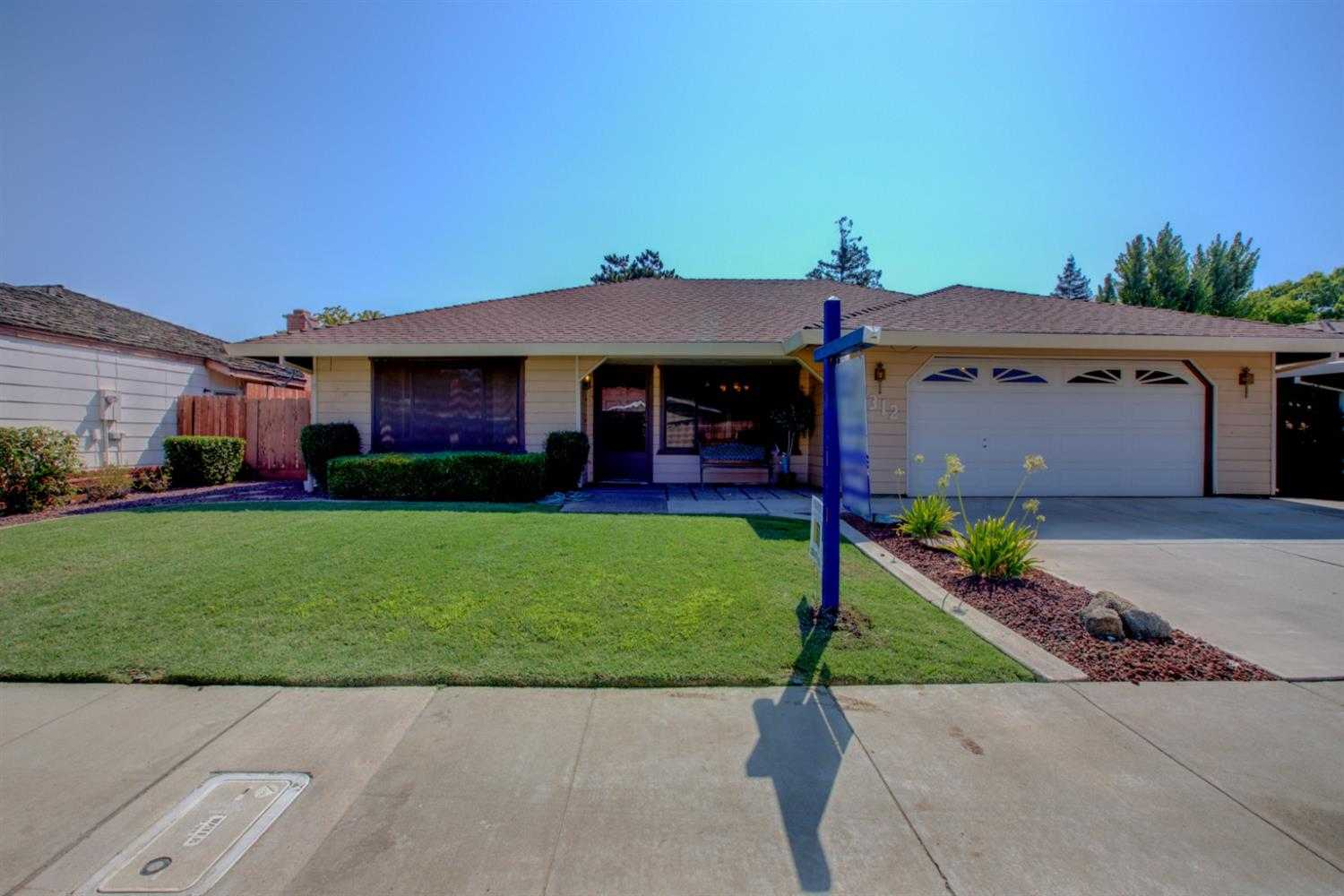 $289,000 - 4Br/2Ba -  for Sale in Merced