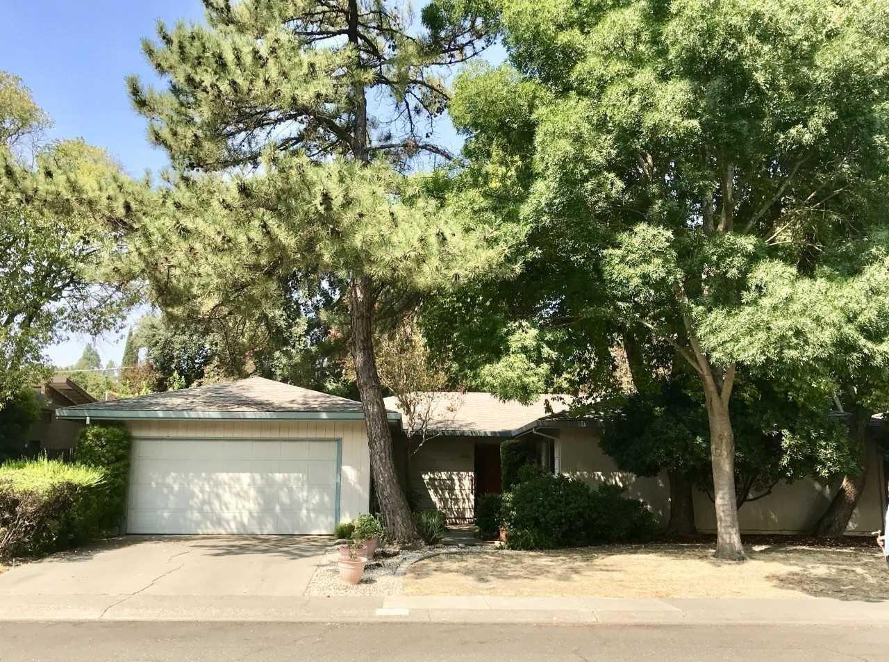 $693,000 - 4Br/2Ba -  for Sale in University Estate 02, Davis