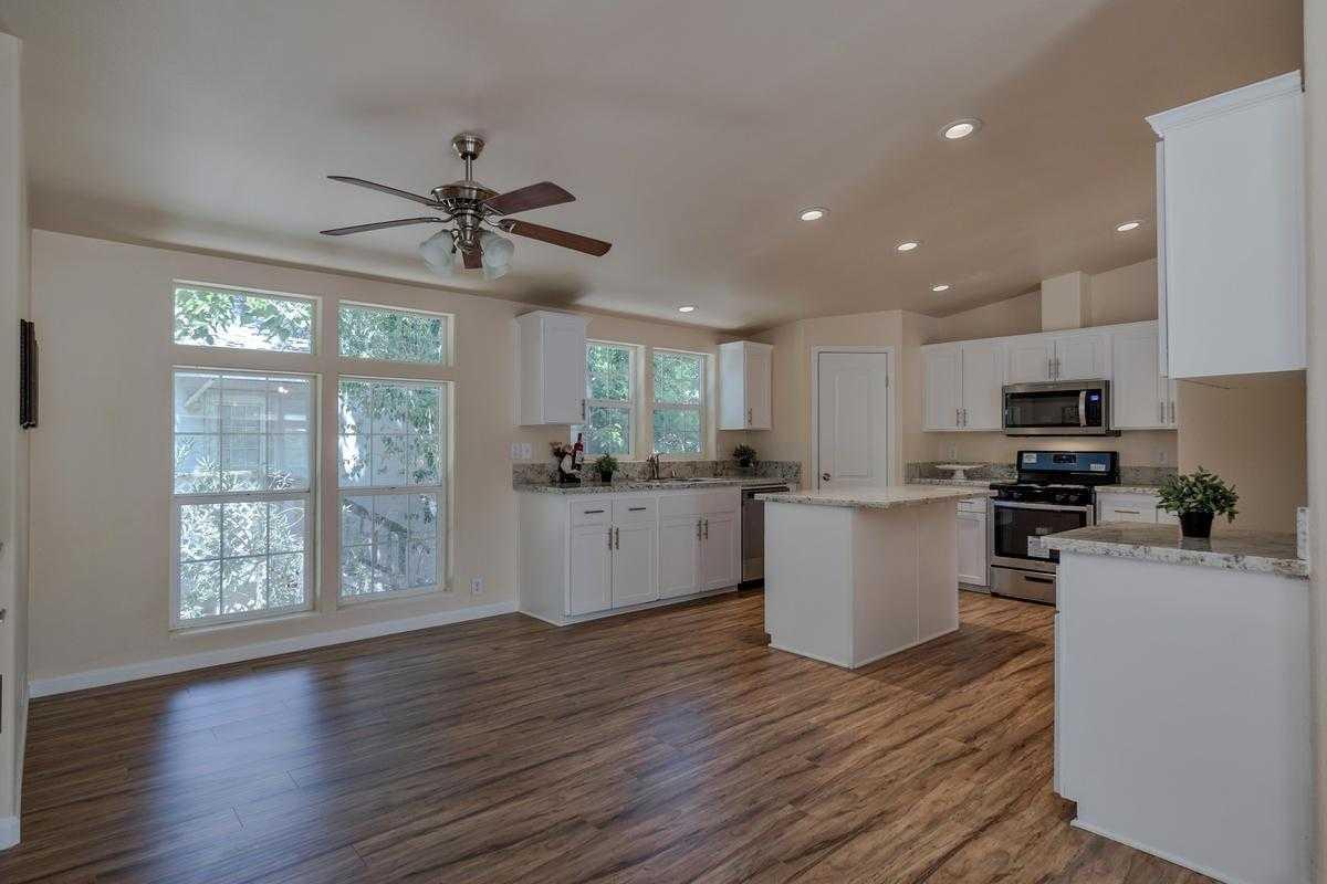 $249,000 - 4Br/2Ba -  for Sale in Davis