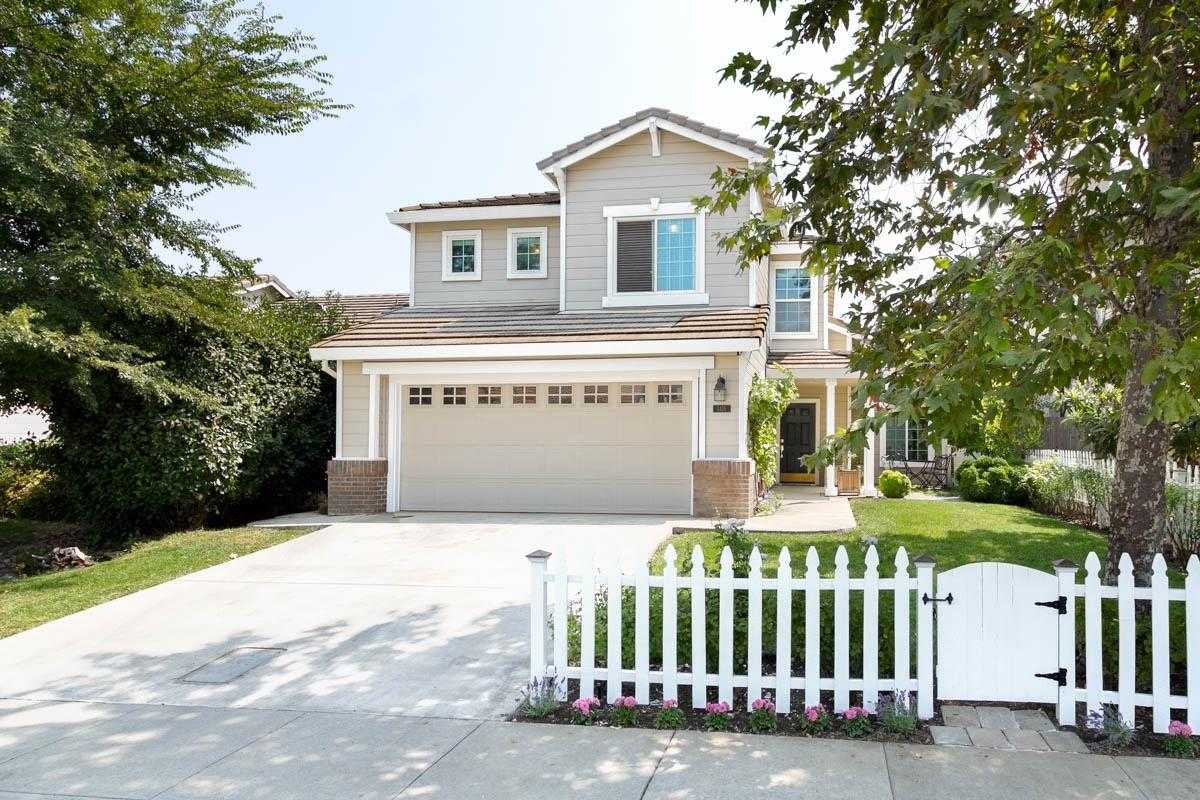 $620,000 - 4Br/3Ba -  for Sale in Davis