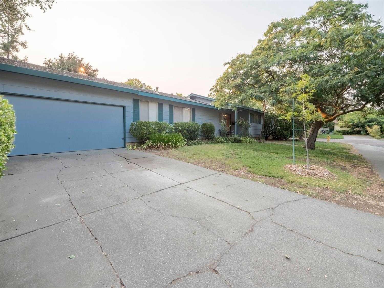$635,000 - 4Br/2Ba -  for Sale in Davis