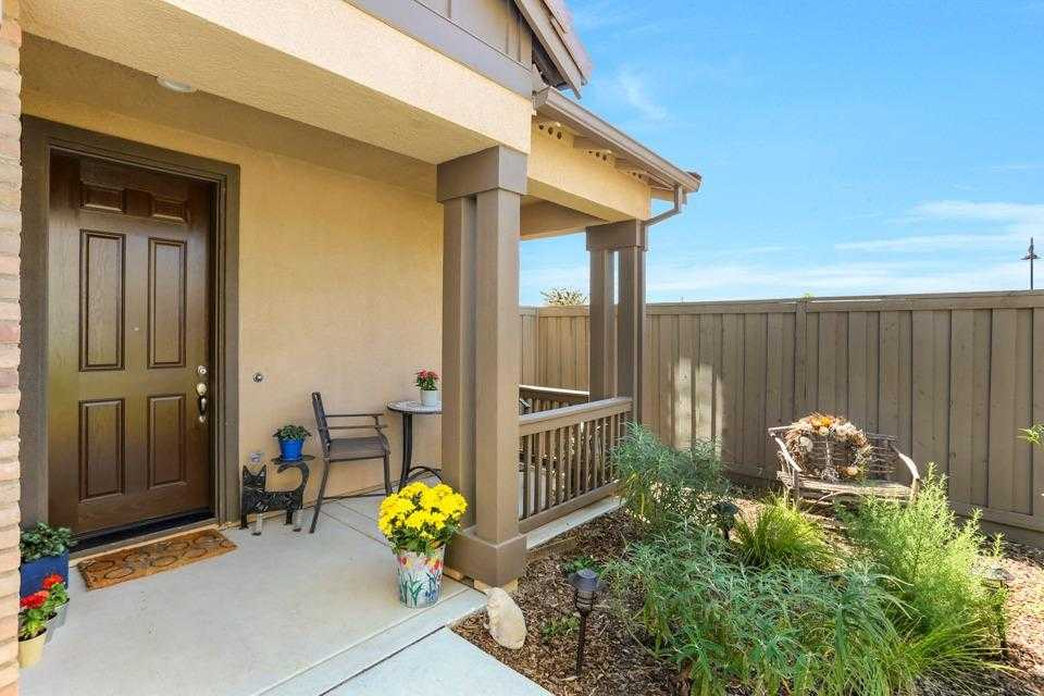 $759,000 - 3Br/3Ba -  for Sale in Cannery, Davis