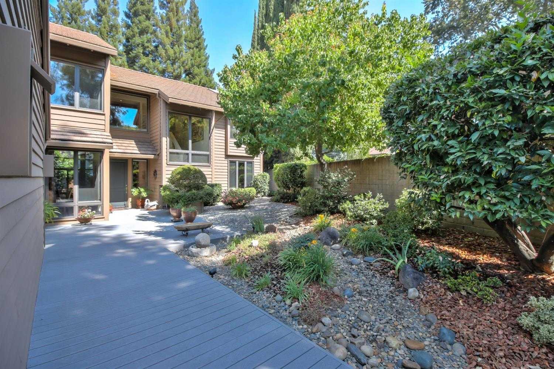 $698,000 - 4Br/3Ba -  for Sale in Lakes At Northridge, Fair Oaks