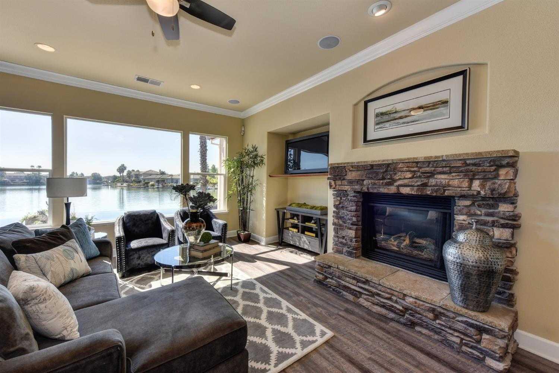 $690,000 - 5Br/3Ba -  for Sale in Westlake, Sacramento