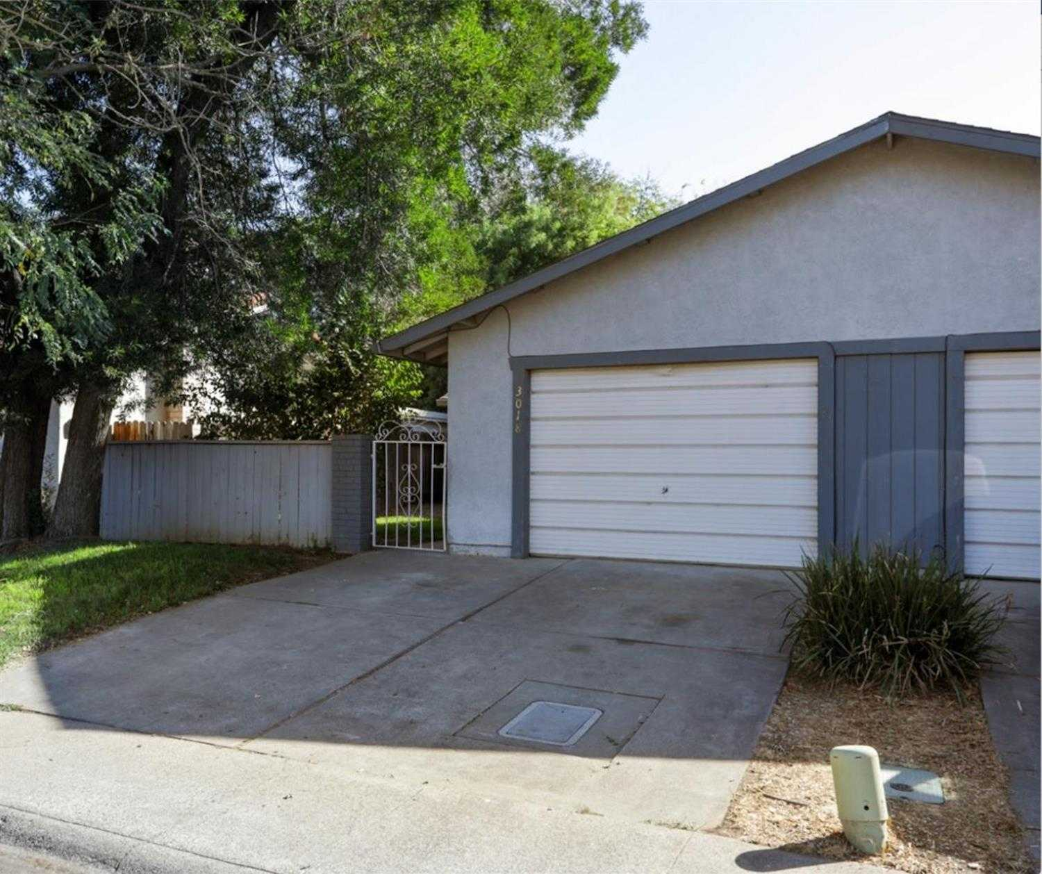 $439,000 - 3Br/2Ba -  for Sale in South Manor, Davis
